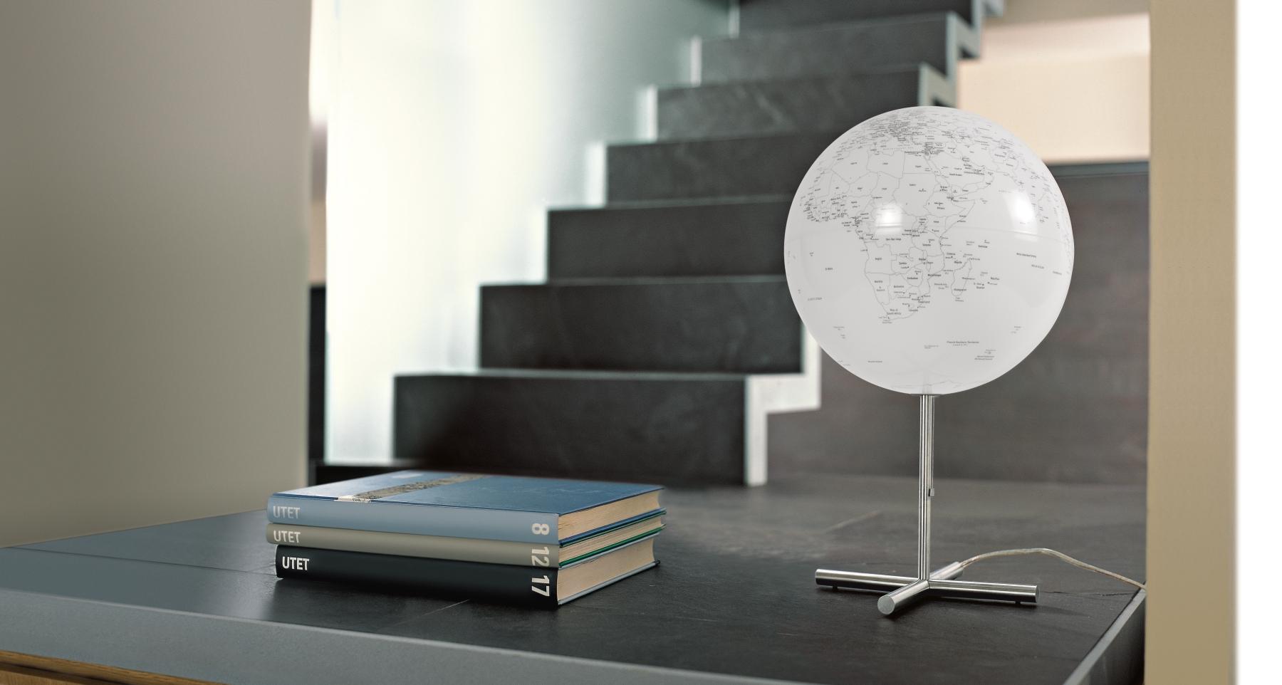 design globus globe lamp wei. Black Bedroom Furniture Sets. Home Design Ideas